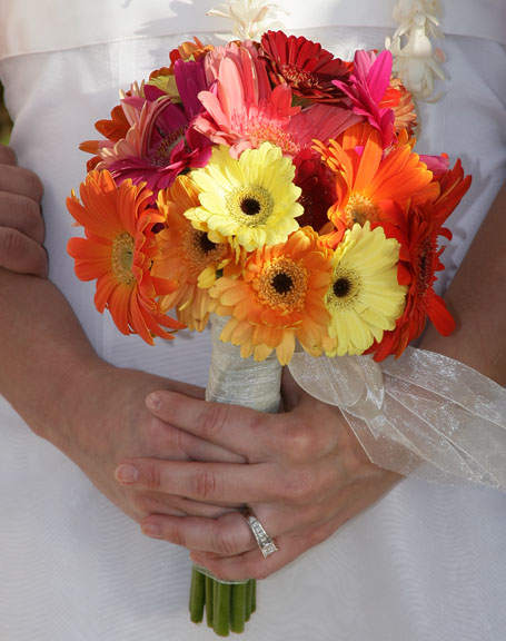 Flowers For Your Romantic Maui Wedding-Maui Hawaii Wedding Flowers-Bridal